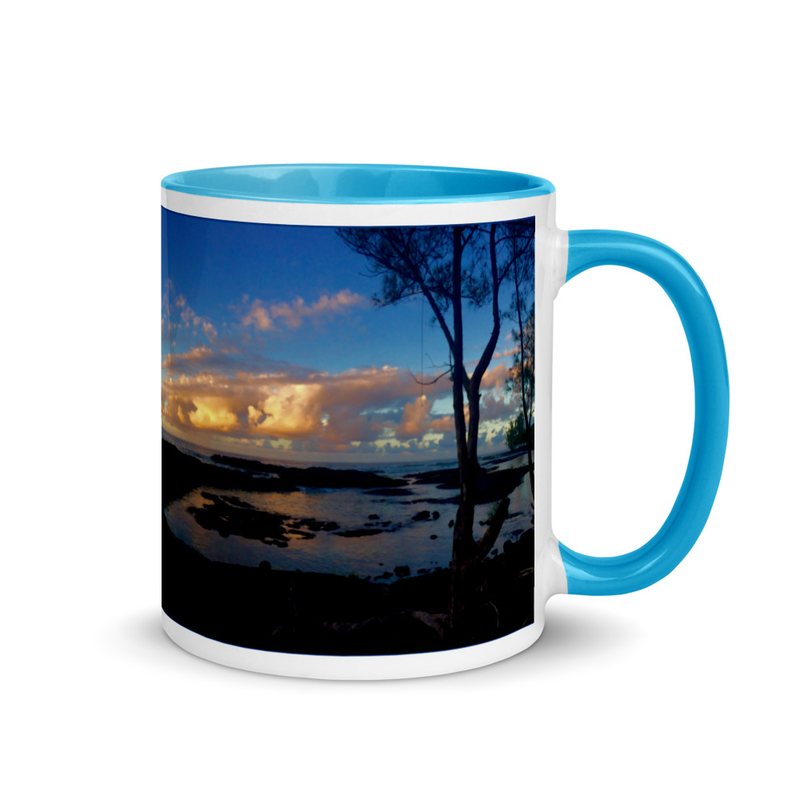Hilo Puhi Bay - Mug with Color Inside