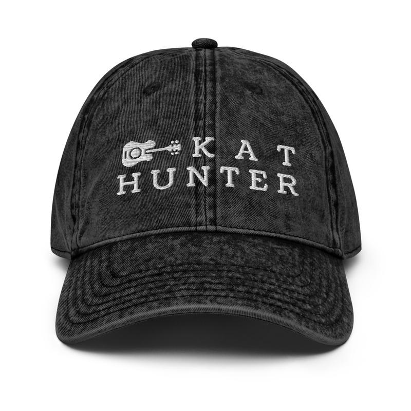 Vintage Kat Cap