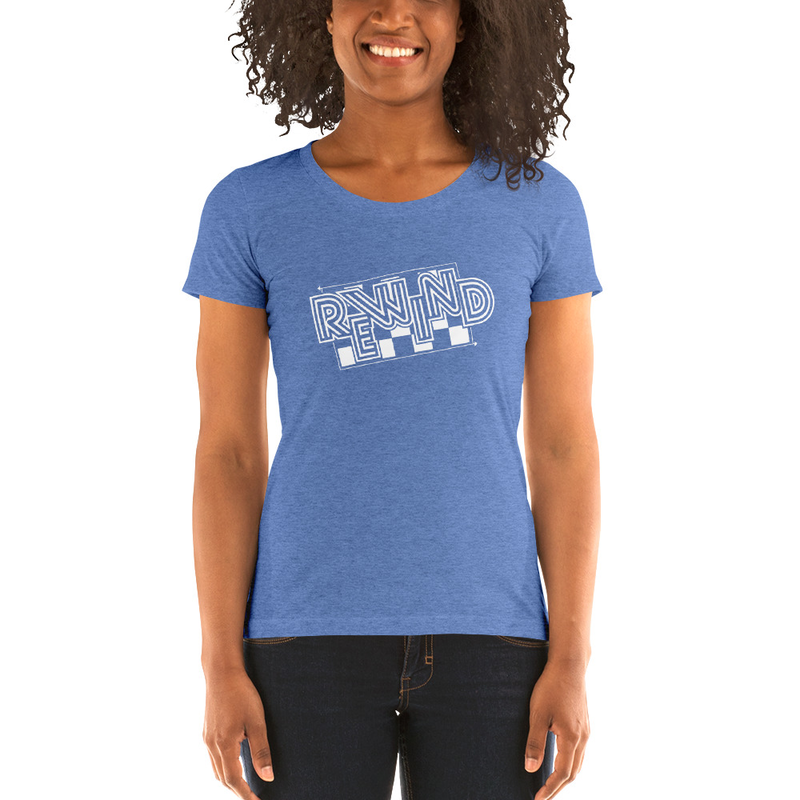 Fitted Ladies' short sleeve t-shirt w/ tilted logo