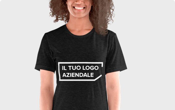 t-shirt con il tuo logo aziendale